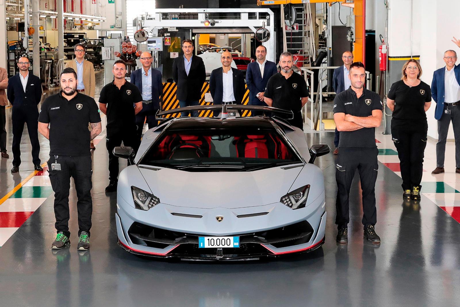 90025 The Lamborghini Aventador Just Set A New Record