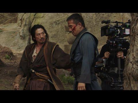 "95332 Mortal Kombat - ""Meet the Kast"" Featurette"