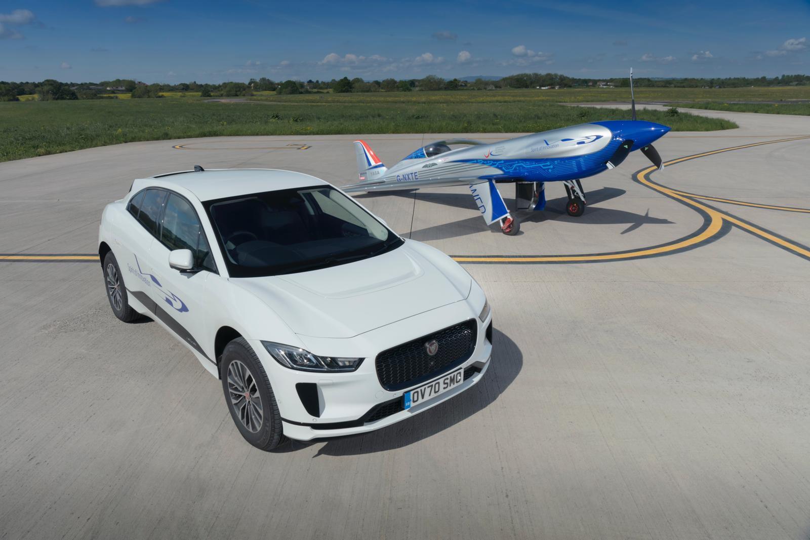 95850 Jaguar I-Pace Will Help Rolls-Royce Set A New World Record
